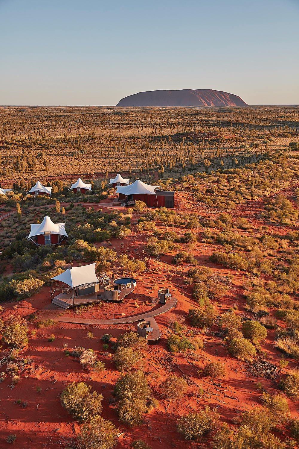 What to Wear in Uluru - Longitude 131