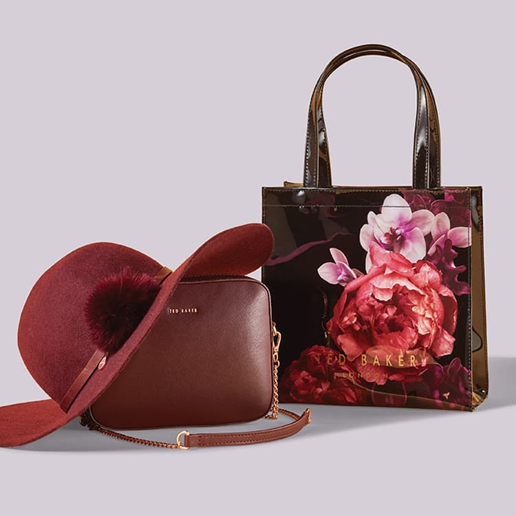 a089663ada6 Bags   Accessories
