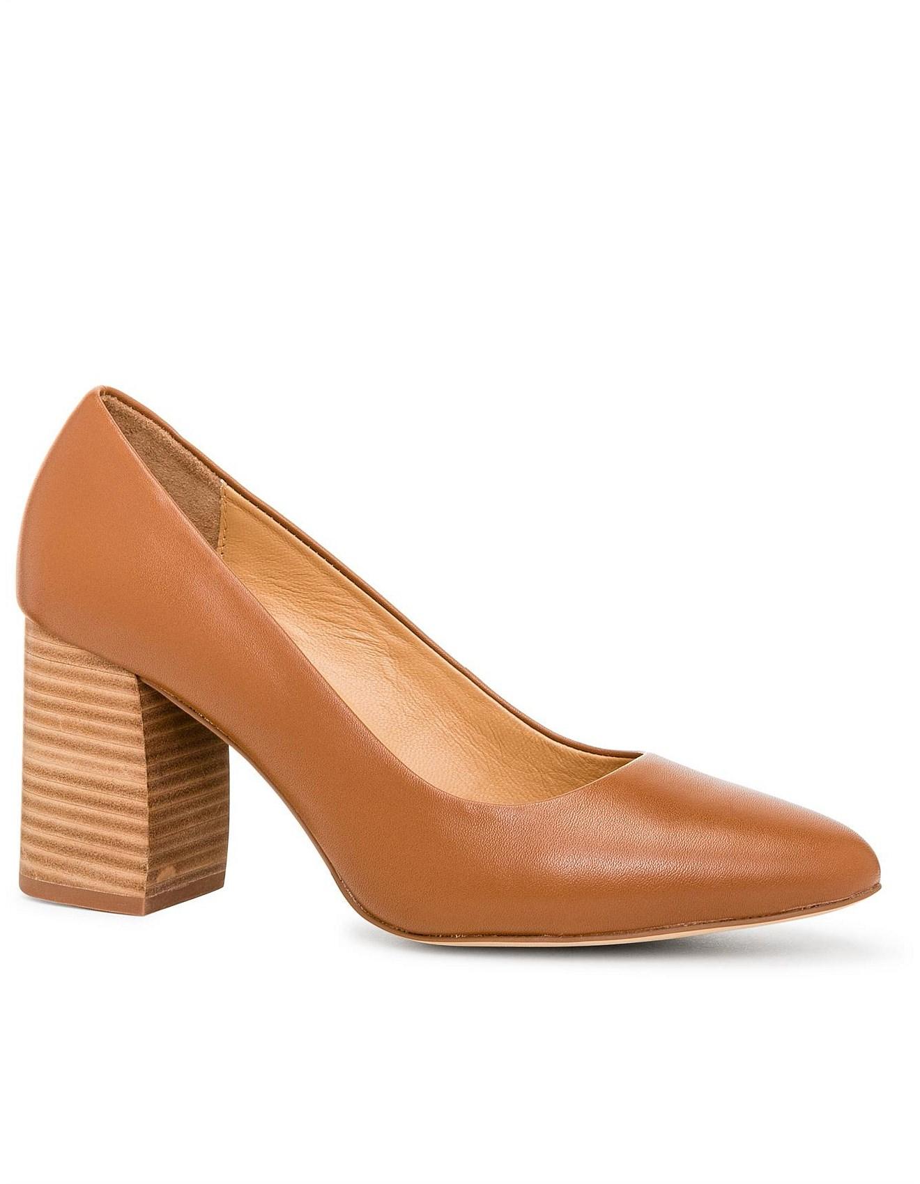 42b8074f33f Best Selling Shoes