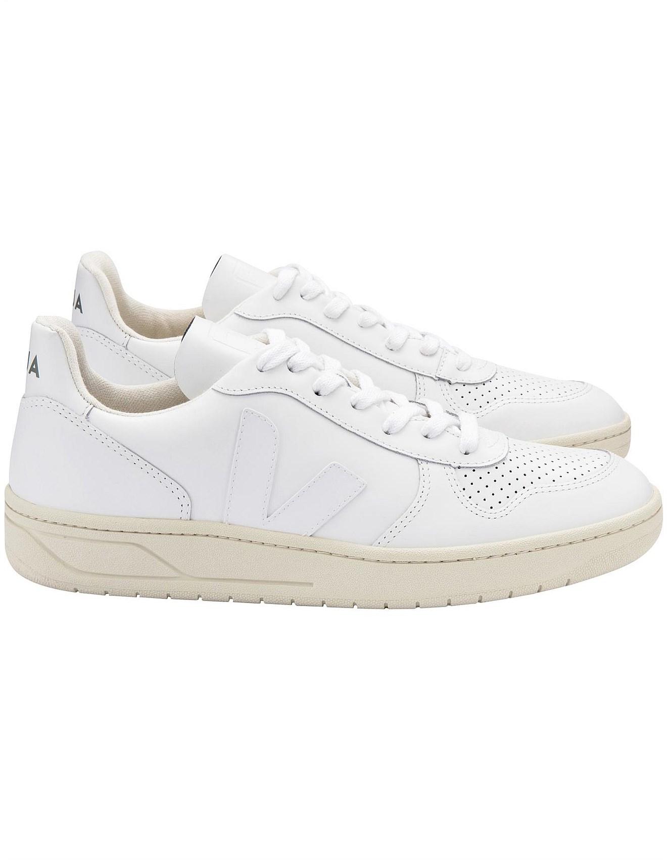 Veja - V - 10 Sneaker