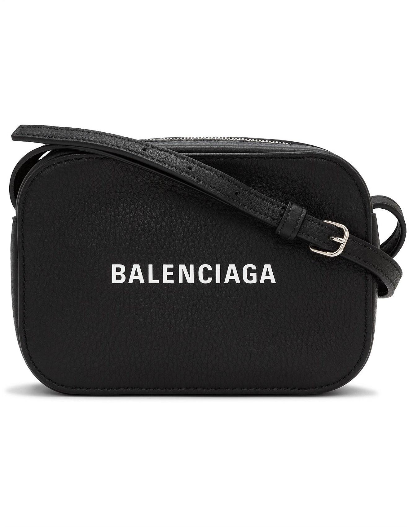 Women s Cross Body Bags  e9dcbca6f5222