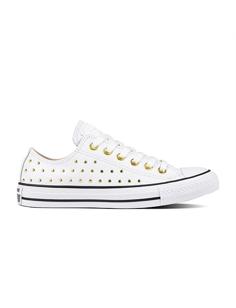 Chuck Taylor All Star Leather Stud - Ox Sneaker
