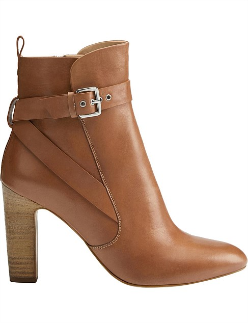 Della Leather Boot