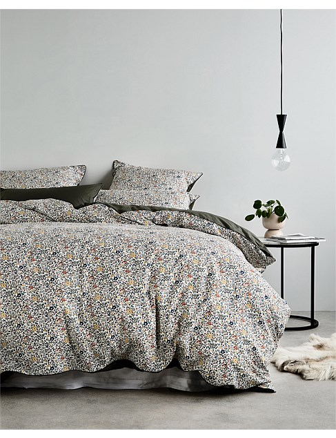 QUEEN BED KATE AND MILLIE QUILT COVER SET