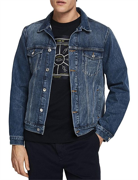 CLASSIC TRUCKER JACKET WITH LABEL DETAIL