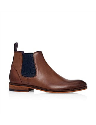 Leather Chelsea Boot W/ Contrast Elastic & Leather Sole