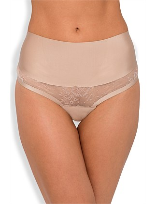 Sweeping Curves Lace Gstring