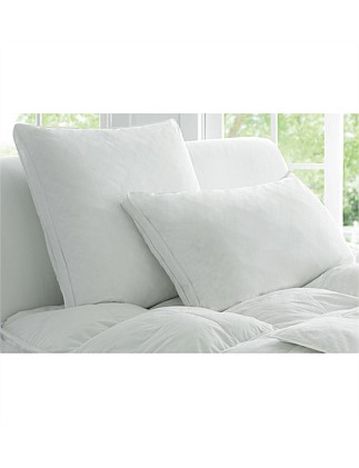 Deluxe Dream Europe Pillow