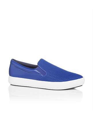 663b62672507 Trey Sneaker Special Offer. DKNY