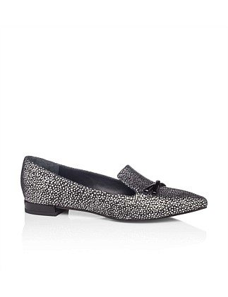 Pointy Toe Loafer