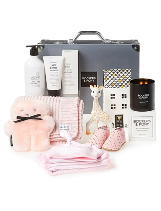 Splendid Baby Girl Luxury Gift Hamper