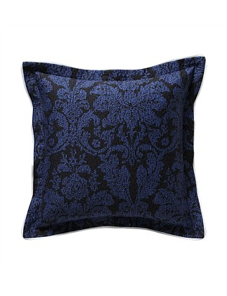 HERALDIC QUILTED SQUARE CUSHION