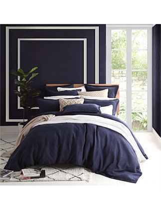 FITZROY NAVY QUILT COVER SET - QUEEN