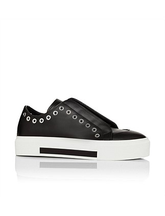 482174whnbv Sneaker With Eyelets