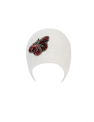 BEANIE WITH BUTTERFLY PATCH