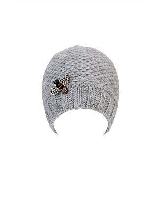 BEANIE WITH BEE PATCH