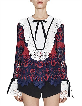 Amour Tops in ~navy/red lace