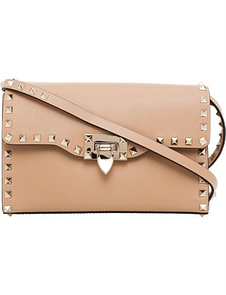 ROCKSTUD GOLD STUD MEDIUM LEATHER SHOULDER BAG
