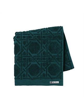 OCTAGONAL LATTICE BATH TOWEL