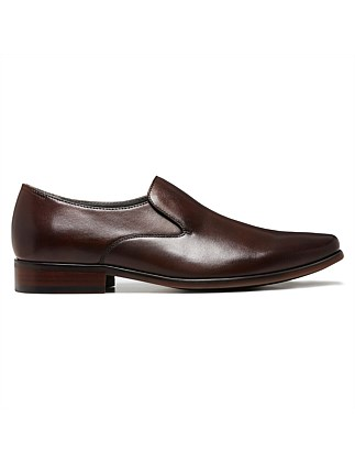 4713bd7a3a0 KEEPER EXPANND LEATHER LOAFER