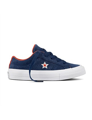 One Star Moulded Star Sneaker