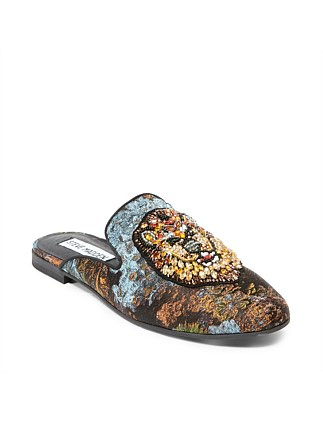 Hugh Slip On Lion Stone Patch/Fabric