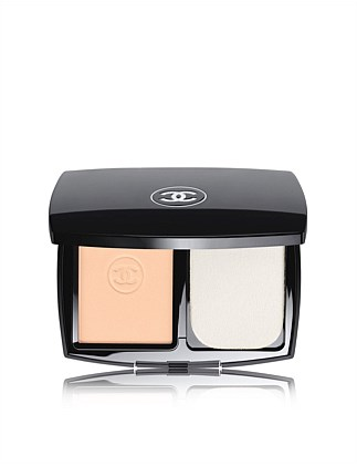 Ultrawear Flawless Compact Foundation SPF15