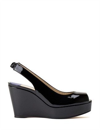 HAMPTONS SLING-BACK WEDGE
