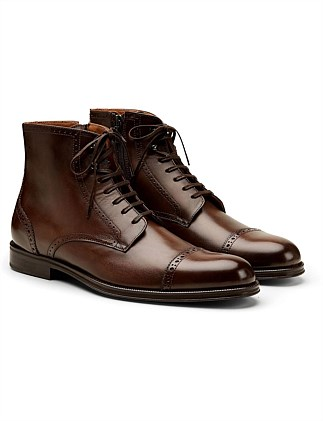 BROGUE LEATHER BOOT