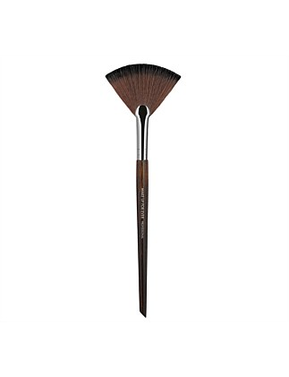 120 POWDER FAN BRUSH - MEDIUM