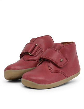 SU Desert Boot Dark Red