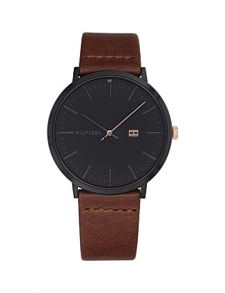 Analogue Watch Black Dial Leather Strap