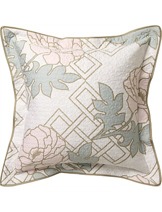 FLORAL TRELLIS BLUSH QUILTED SQUARE CUSHION