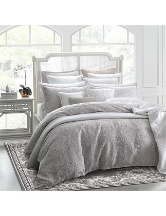 SILVERTON LINEN QUILT COVER SET QUEEN BED