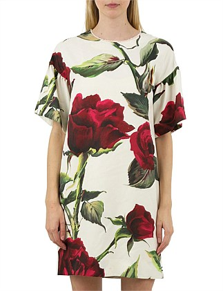THE SHOW ROSE ON Tunic