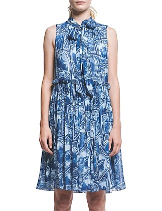 Runaway Stamps Crinkle Georgette Express Dress