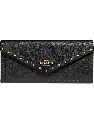 SOFT WALLET WITH BORDER RIVETS