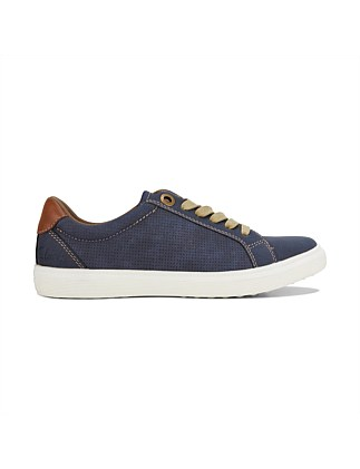 Trenton Lace-Up Shoe