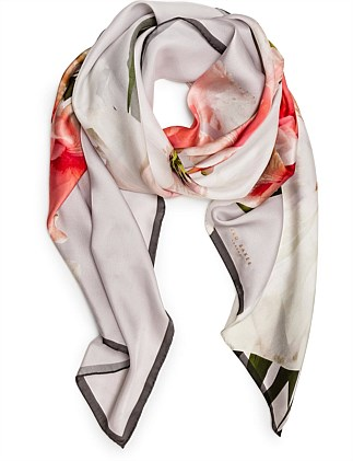 CHATSWORTH BLOOM LONG SCARF