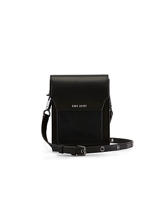 THE BANDOLIER CROSSBODY SILKEN PU/METALLIC CRUSH