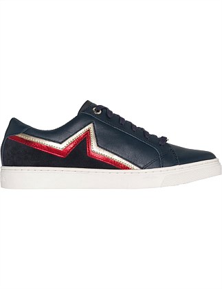f28a15c5c6c2 Star Essential Sneaker Special Offer