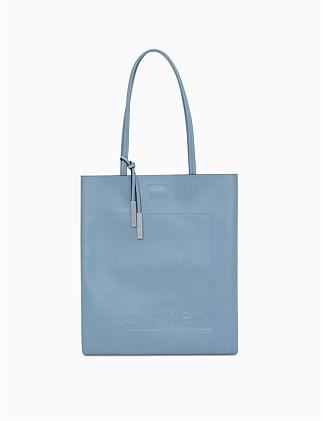4b8e769dbc111 Designer Handbags For Women