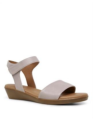 8aa25e84f55 Women s Flat Shoes