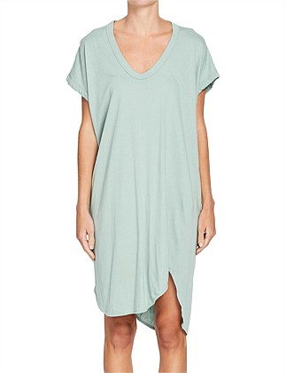 Boxy T.Shirt Dress W/ Tail II