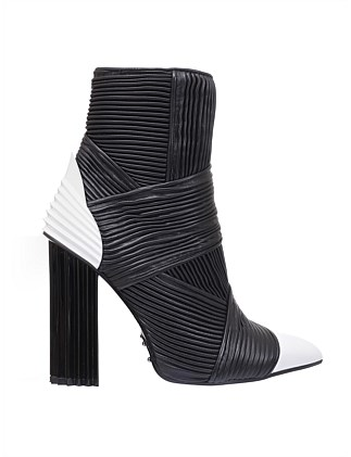 IRINA PLEATED BOOT BW
