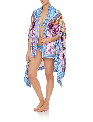 Geisha Gateways Towel Poncho