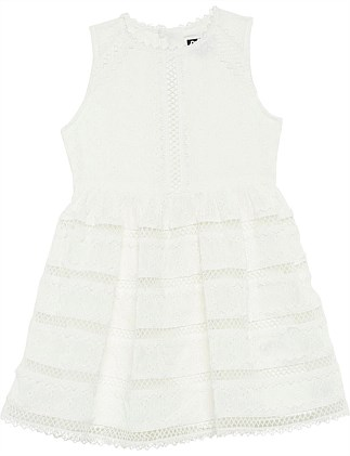 Prim Lace dress