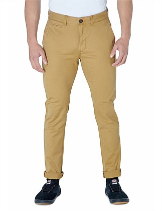 International Slim Chino