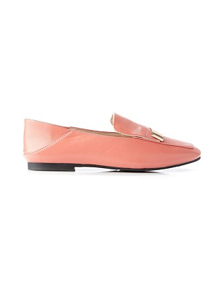 CASANDRA LEATHER LOAFER