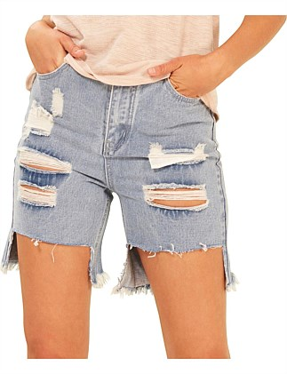 chillen girlfriend denim short